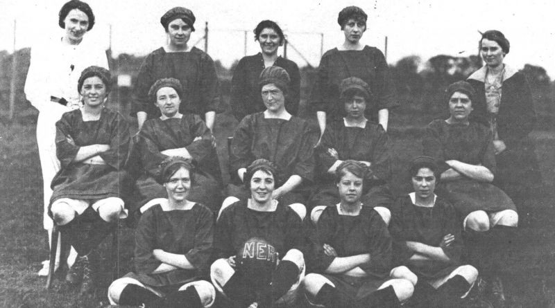 group picture of the north eastern railway womens football team 1915 - 1918